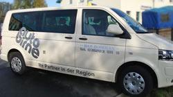 Auto Birne Werbung am Taxi